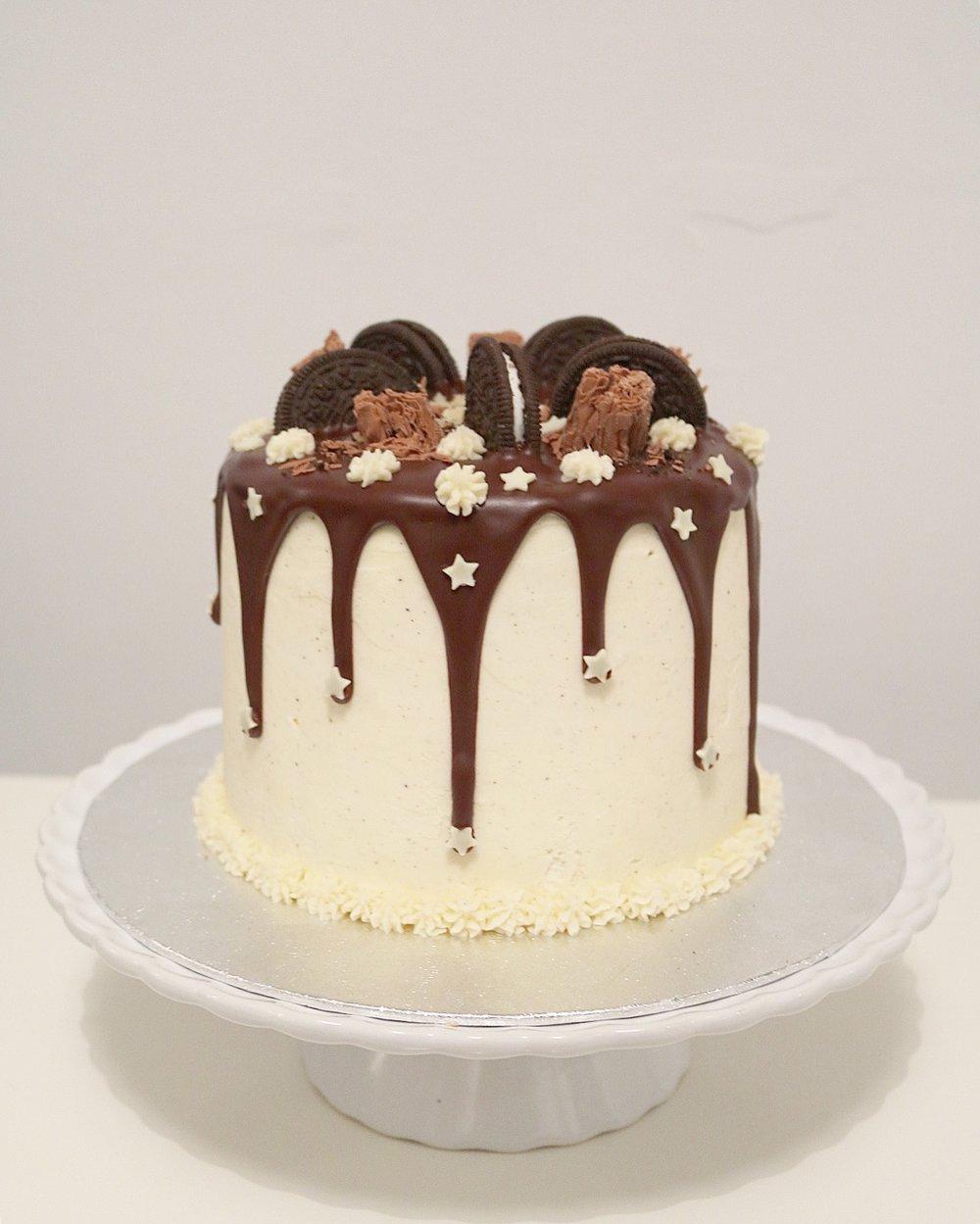 Vegan Oreo Drip Cake