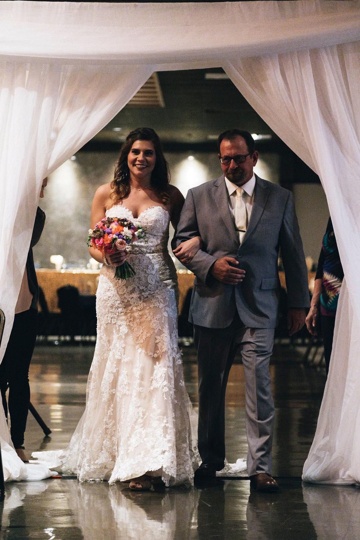 LeeAnn+Chris_Wedding-422-(1).jpg