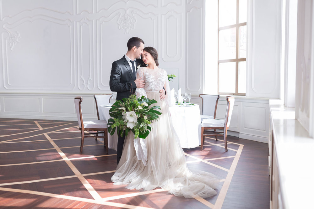 10 Things Your Wedding Photographer Wants You to Know // Toledo Wedding Guide