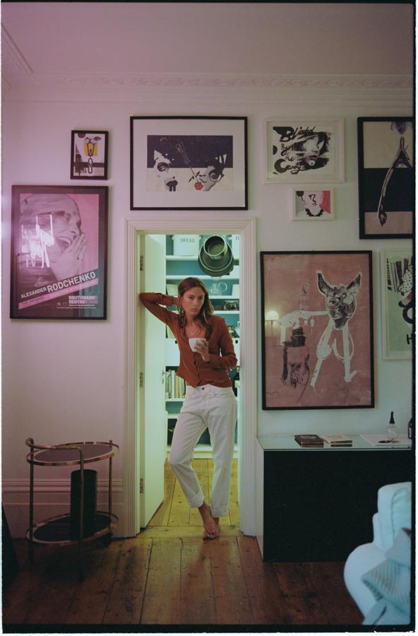Shirt:Trager Delaney; Jeans: Lou Dalton
