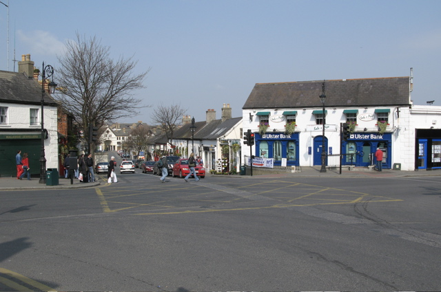 The_Diamond,_Malahide,_Co._Dublin_-_geograph.org.uk_-_377857.jpg