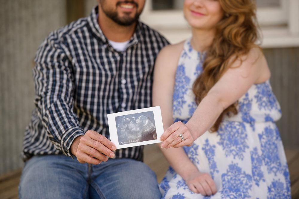 maternity photographer -16.JPG