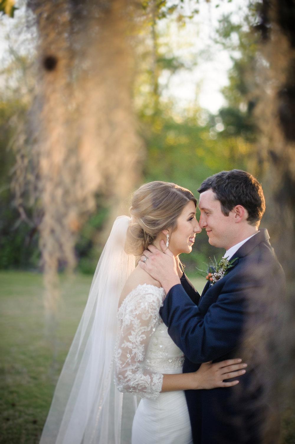BRIDE AND GROOM PHOTOS-8.JPG