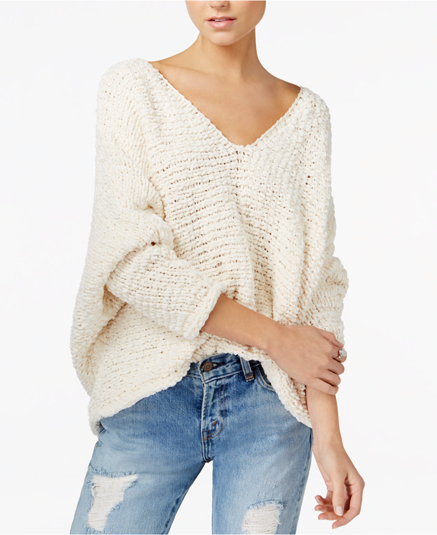 Free People makes the best sweaters, I swear. Team Cozy make way for the original boho cozy.