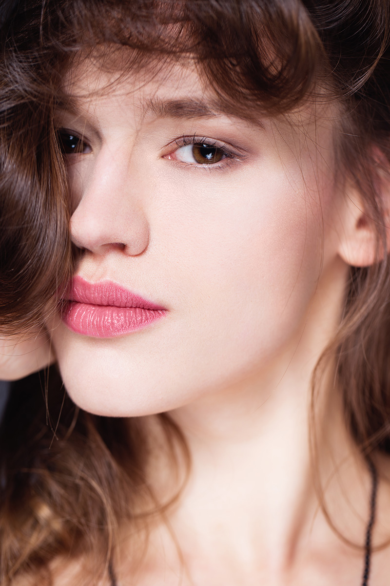 Beauty Fotografie - Medienagentur Red Forest - Fotograf Timo Hänseler - Retouch Jakob Erpf - Model Helen Preis