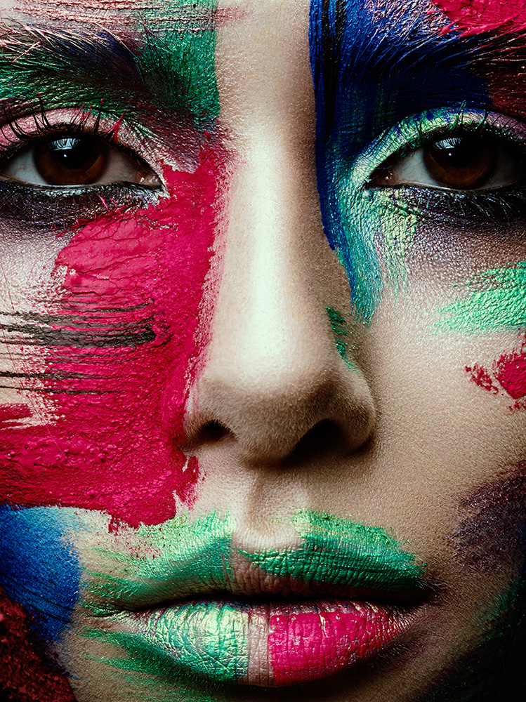 Werbefotografie - Beauty Fotografie - Medienagentur Red Forest München - Fotograf Timo Hänseler - Retusche Jakob Erpf - Model Nina