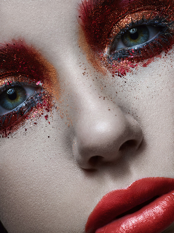 Werbefotografie - Beauty Fotografie - Medienagentur Red Forest München - Fotograf Timo Hänseler - Retusche Jakob Erpf - Model Marie Scherbinek