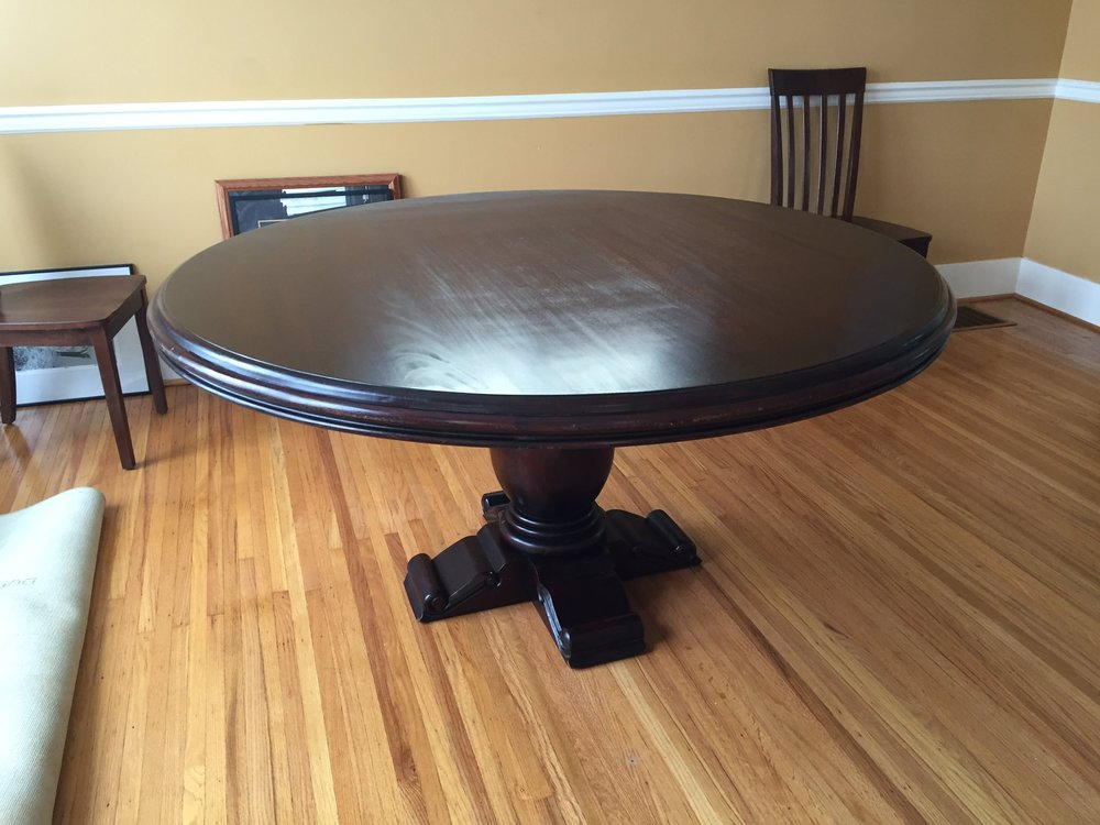 24270 Drake 5' Round Pedestal Dining Table