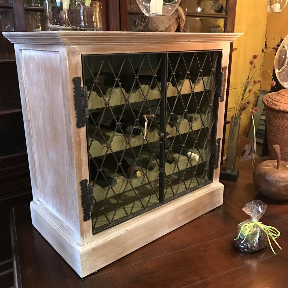 25872 Sonoma Wine Chest