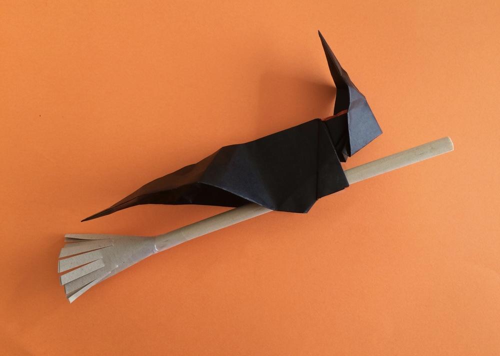 Origami Witch!