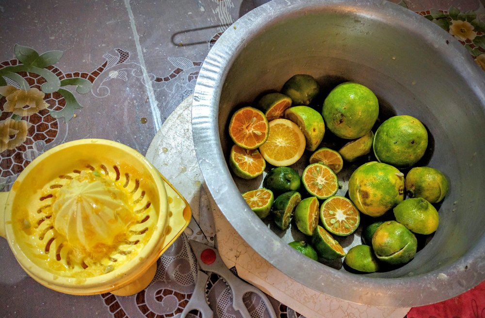 Making juice with Peter and Eva almost all with fruit from the yard – mango, papaya, passion fruit plus oranges and tangerines