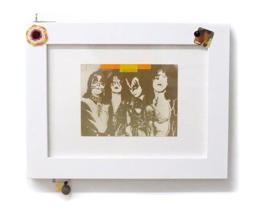 Kiss postcard 01   Postcard, seed beads, vinyl sticker, safety pin, fount pendants, key.  9 x 11 inches, 2018