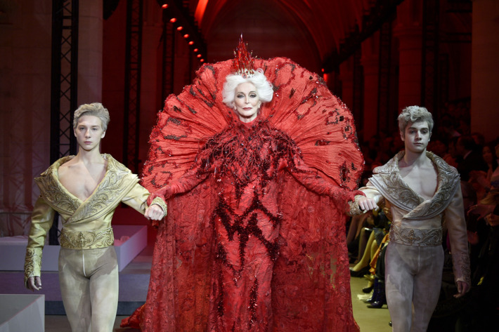 Model Carmen Dell'Orefice at the January 2017 Guo Pei fashion show