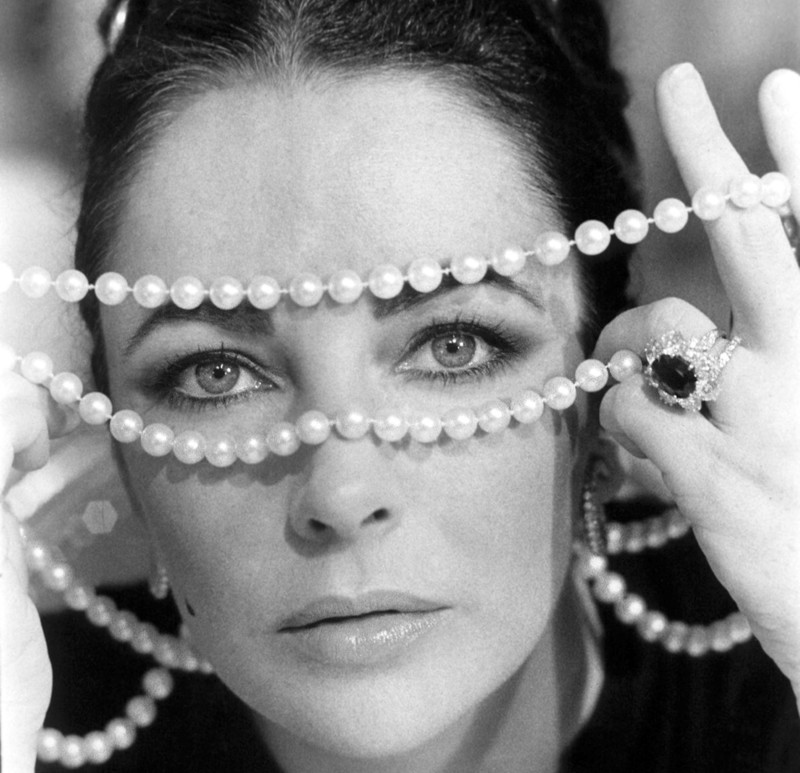 Jewelry Queen, Elizabeth Taylor