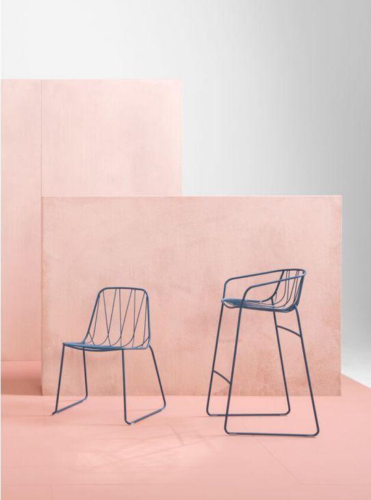 sp01_-_blue_chee_bar_stool_-_3.jpg