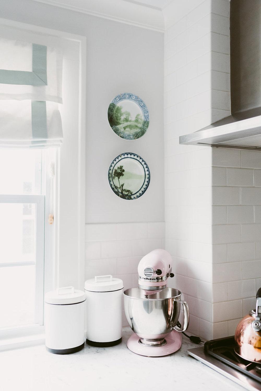 deboe-studio-interiors-kitchen-design-subway-tiles