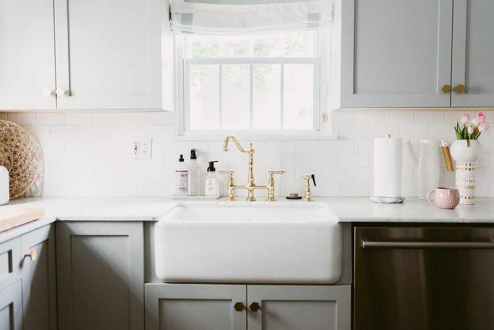 Deboe Studio Kitchen Farmhouse Sink