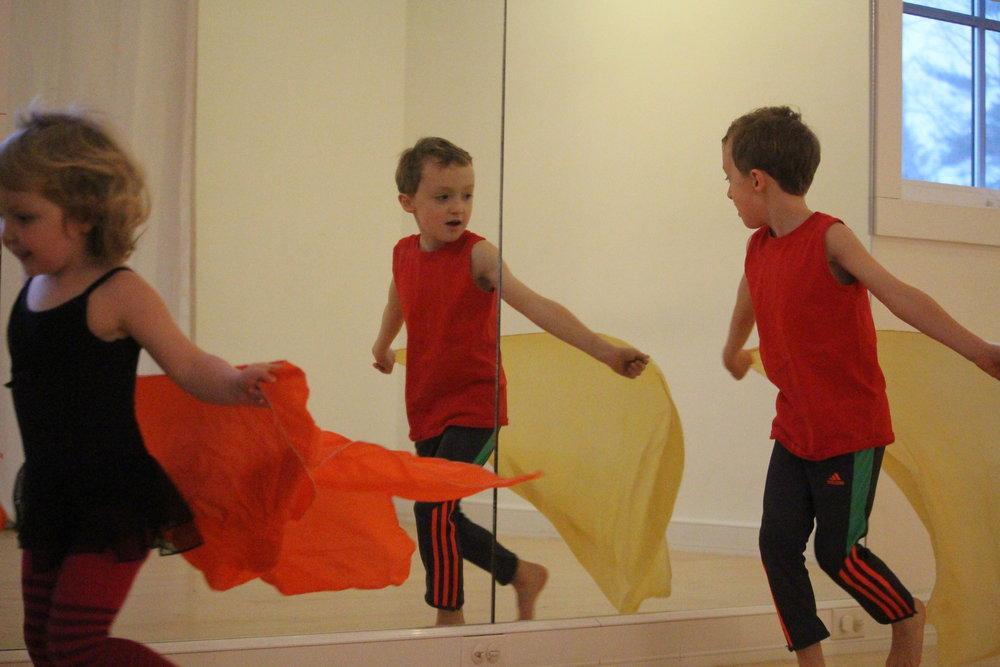 CREATIVE DANCE   ages 3.5 - 6  TUES 4:00 - 4:45pm