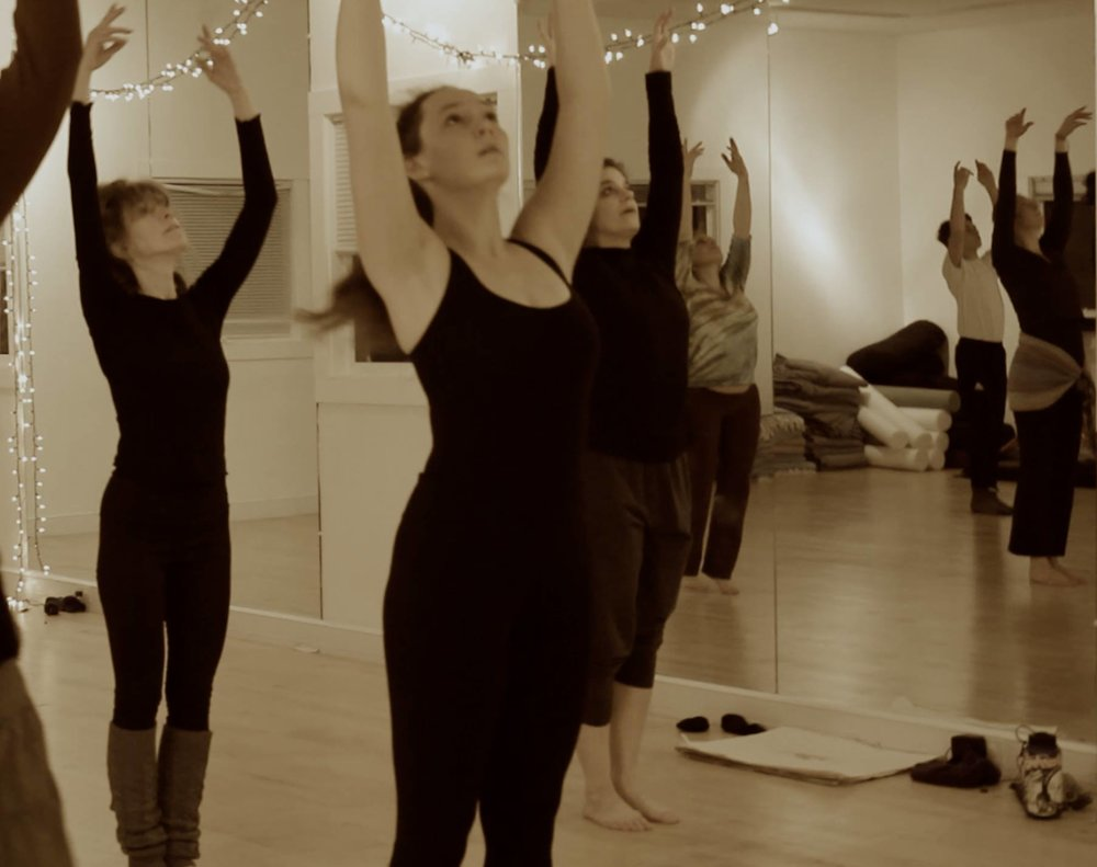 CONTEMPORARY JAZZ DANCE ages 13+  TUES 6:30 - 7:45 pm