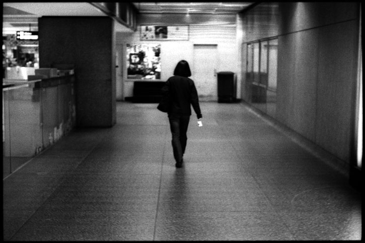 0229_09A black and white photograph, underground station, san francisco 2012
