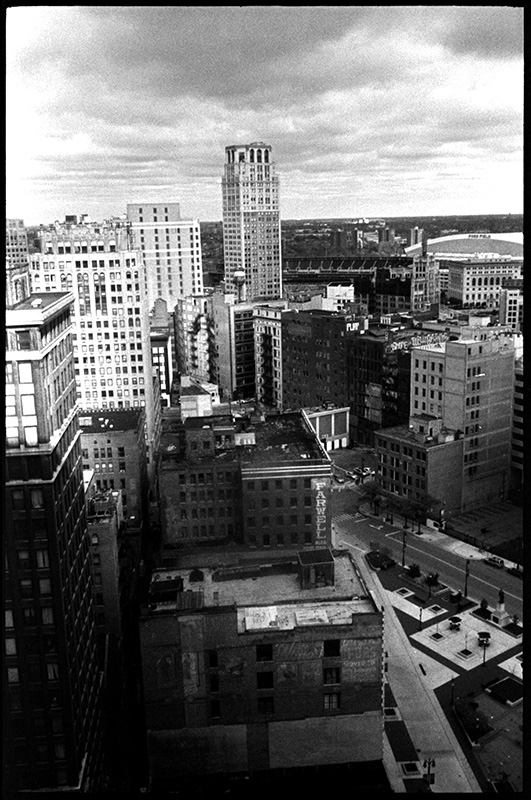 black and white photography 0277_01A Detroit Skyline