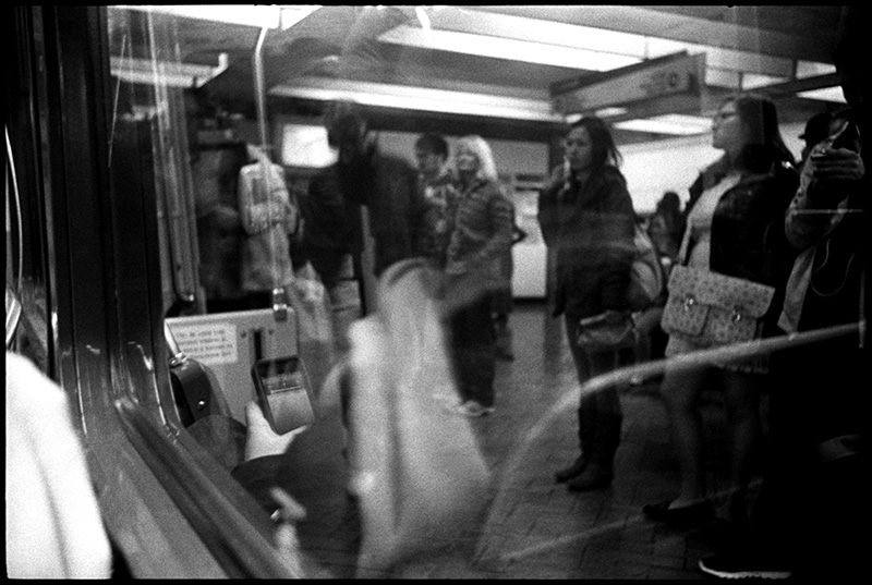 black and white photograph 0277_11A Commuters, San Francisco