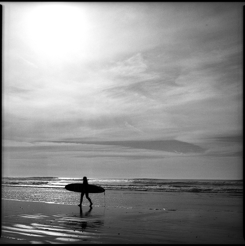 black and white photograph 660115_17 Surfer, Ocean Beach, San Francisco