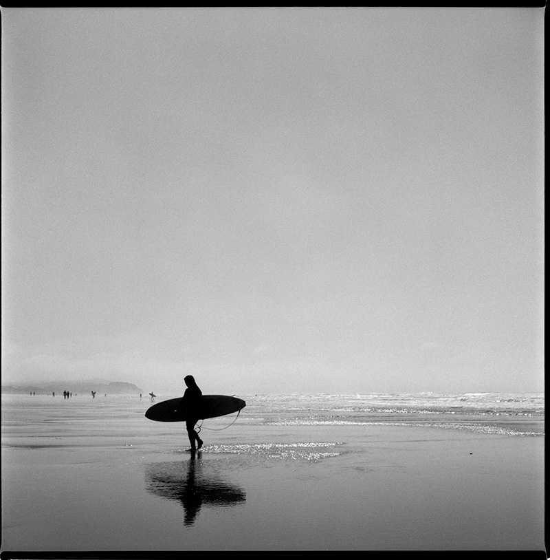 660126_11 Surfer Ocean Beach San Francisco