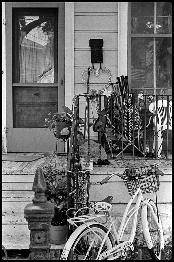 0283_30A Magazine Street. New Orleans