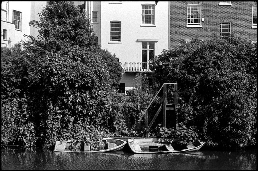0296_06A Camden Canal, London