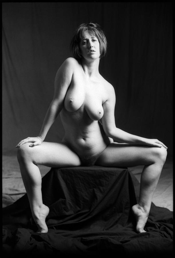 0339_29 Gwendolyn, Nude