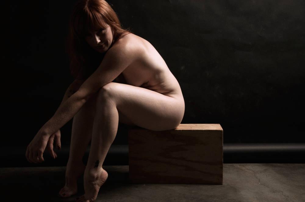 sarah_DSC6348 Fine Art Nude