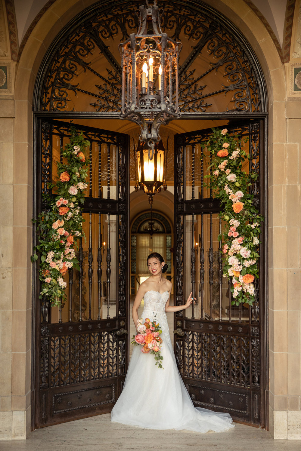 - CORAL AND PEACH GARDEN WEDDING INSPIRATION
