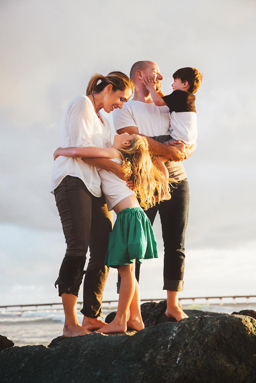 72sandiegophotograperfamilybeachsunset2.jpg