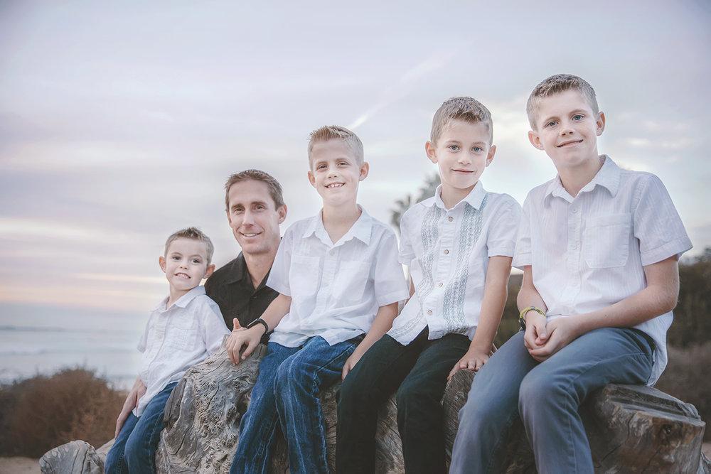 sunsetcliffsfamilypicturessandiego15.jpg