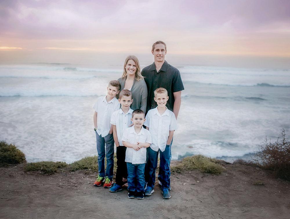 sunsetcliffsfamilypicturessandiego17.jpg