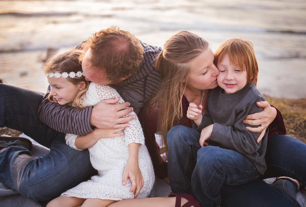 sandiegofamilypicturessunsetcliffs18.jpg