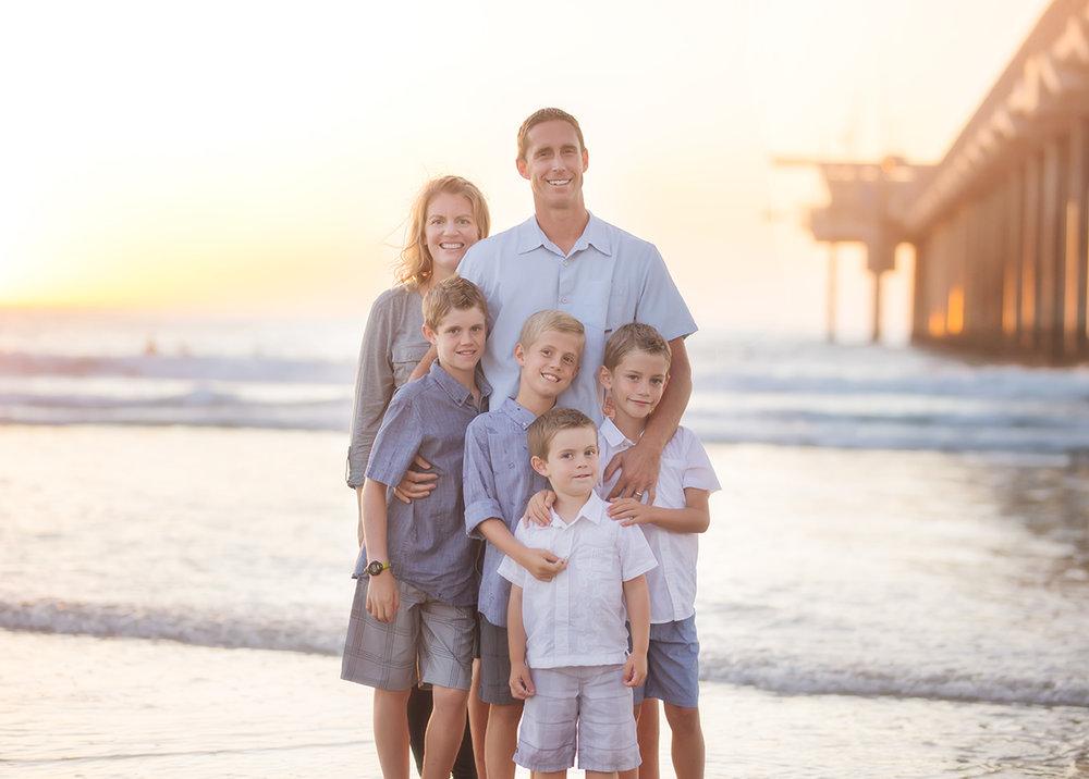 FamilyBeachPhotographyScripsPier8.jpg