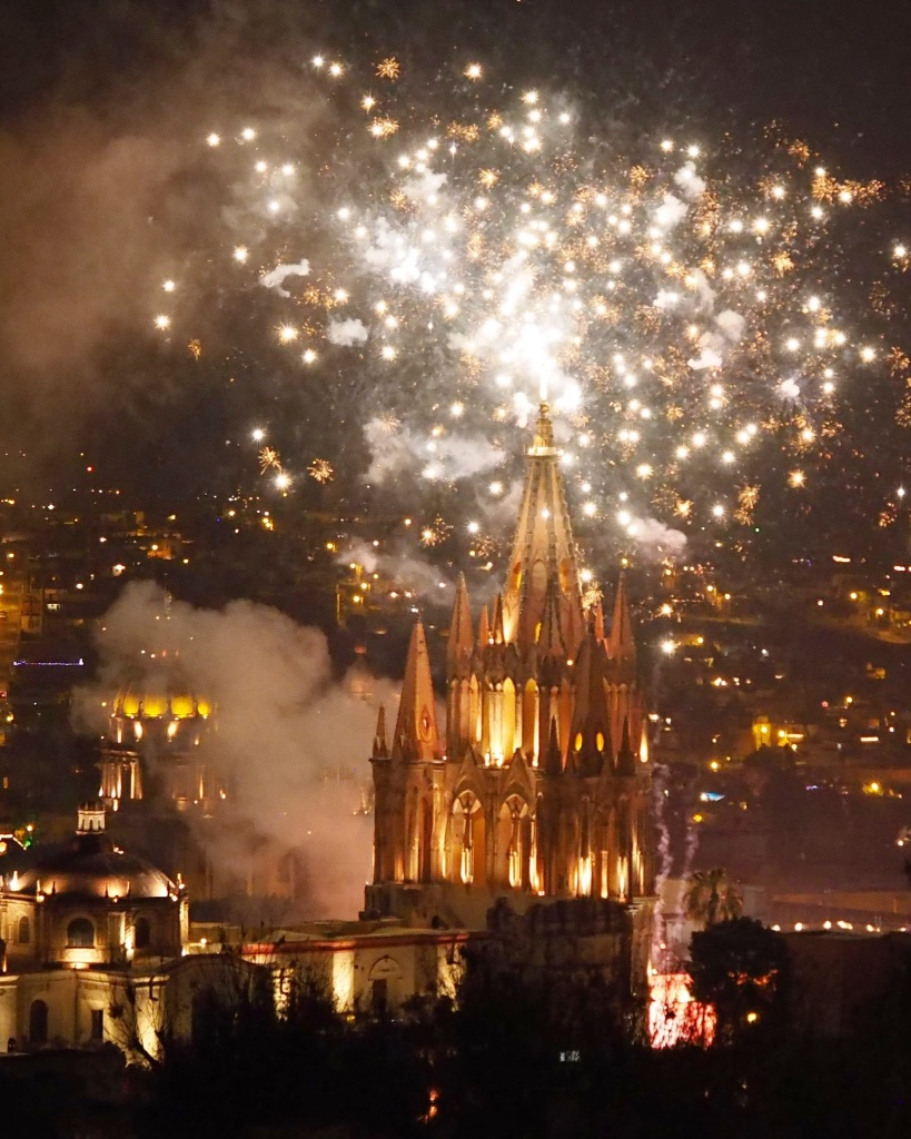 Welcoming 2015 from the rooftop of our rental casa in San Miguel