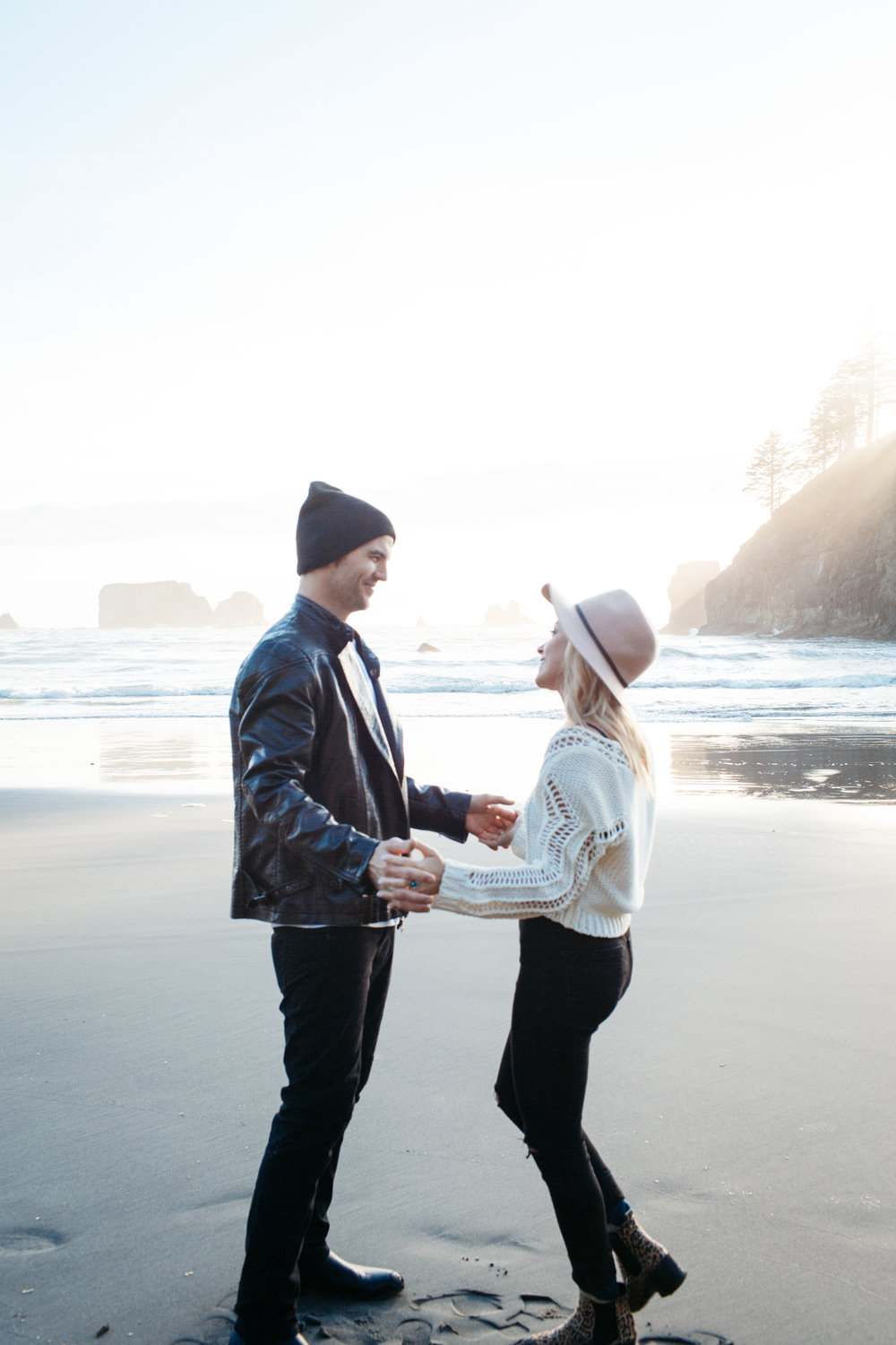SamErica Studios - La Push Washington Engagement-30.jpg