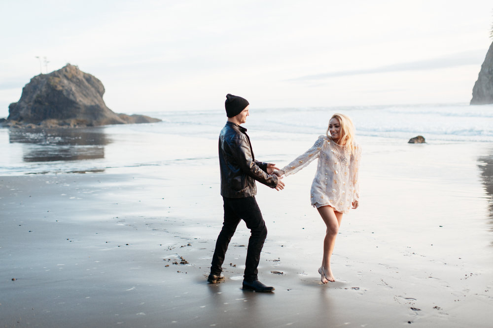 SamErica Studios - La Push Washington Engagement-41.jpg