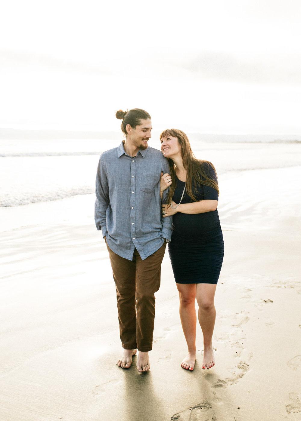 SamErica Studios - San Diego Maternity Photographer - Babymoon in Coronado-19.jpg