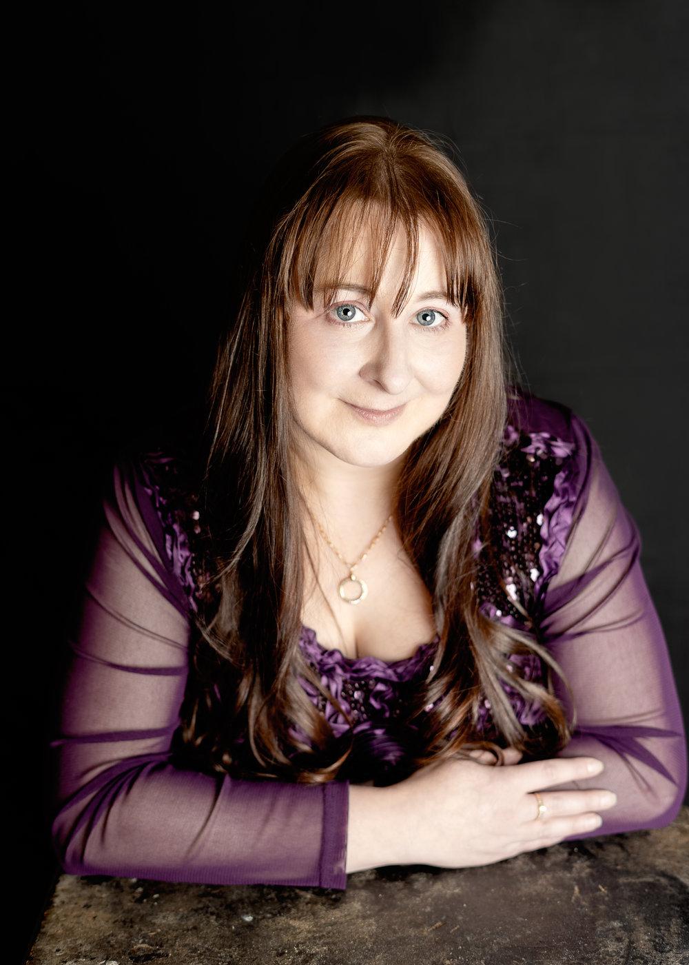 JuliePowell_Claudine Dearn-3.jpg