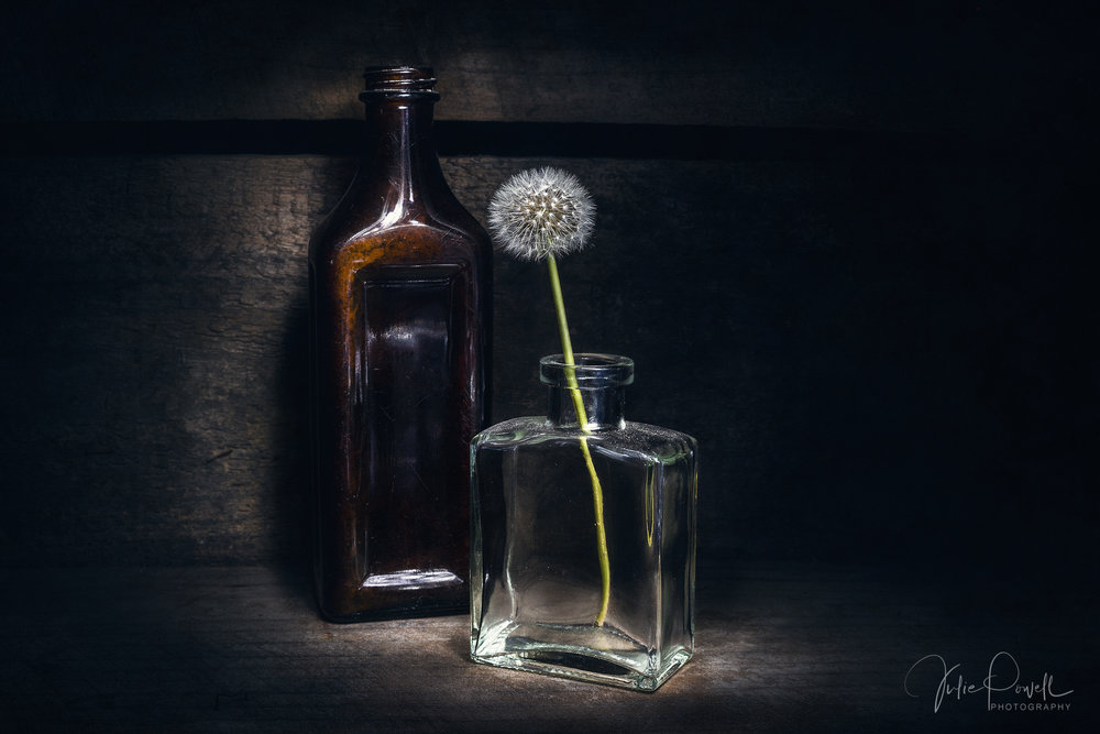 Capturing Light - Do you struggle to capture great, well lit Still Life images? You are not alone, it seems to be one of the biggest hurdles most photographers have, but it does not have to be this way. In six easy steps you can learn to harness any type of lighting for your Still Life Photography, or indeed any type of Photography. Once you know HOW to control the light you can get great photos, anytime, anywhere.