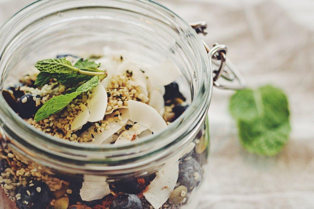 vegan breakfast yogurt parfait