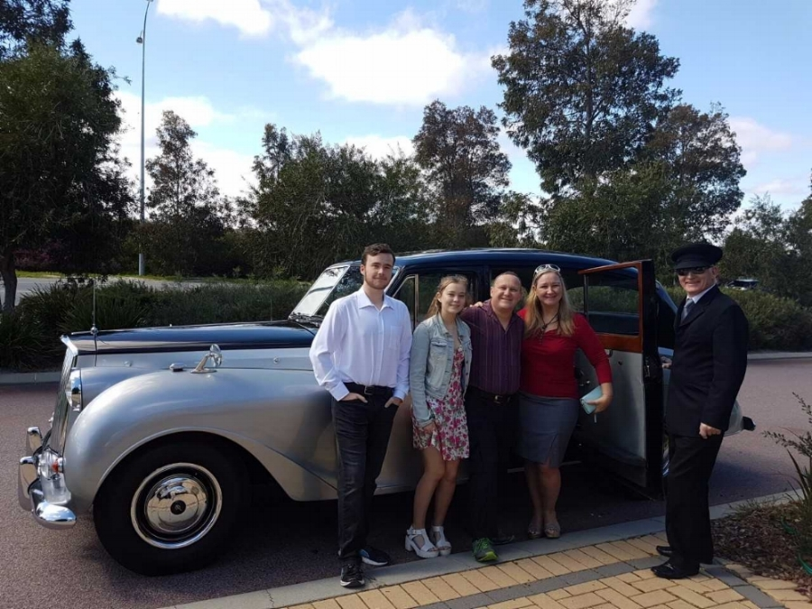 family-for-birthdays-very-nice-classics-wedding-cars-perth.jpg