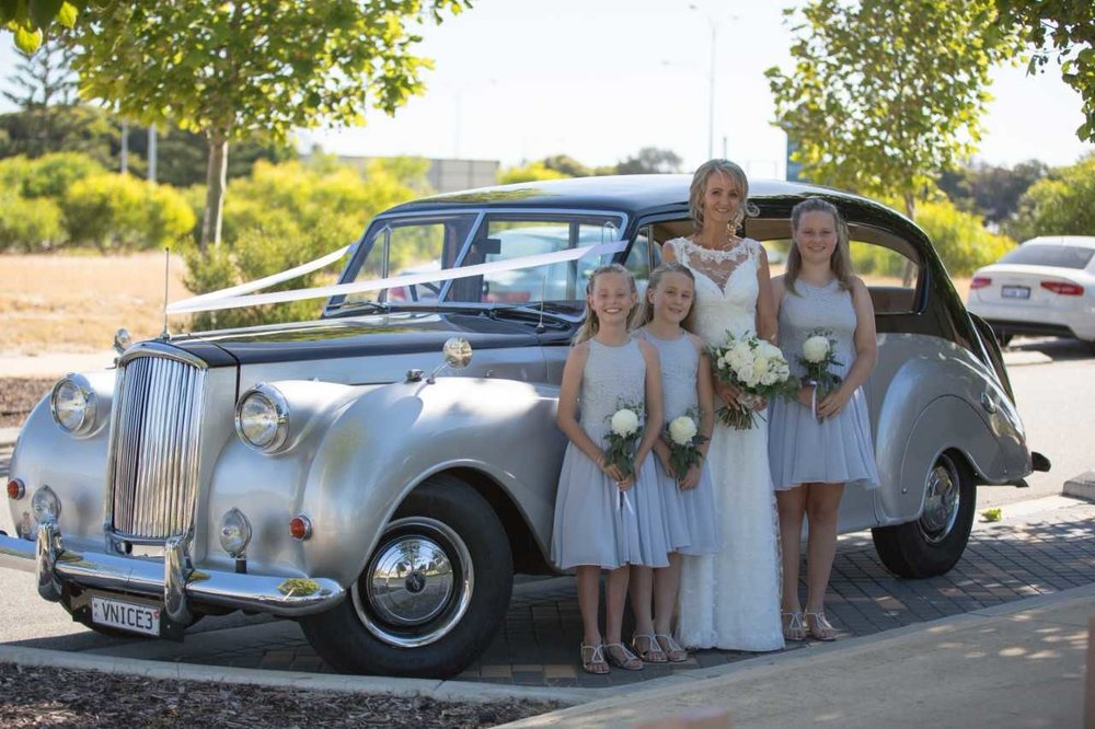 14-Karen_Stevens_and_girls_with_wedding_car_in_Perth_Very_Nice_Classics_December_2016.jpg