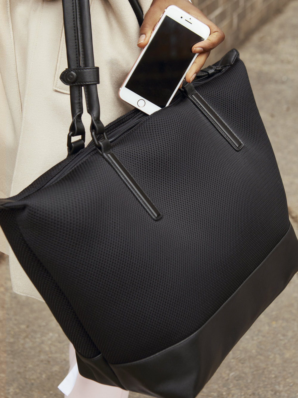 External pockets for on-the-go items like your keys and cell phone -