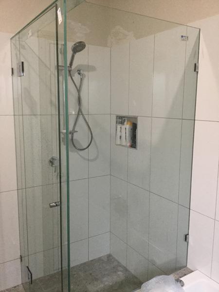 bathroom renovation calrton 2.jpg