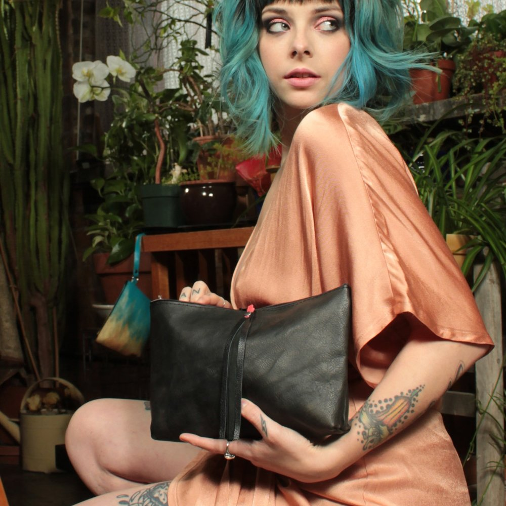 LEATHER WORKING WORKSHOP - LEATHER CLUTCH THURSDAY, DEC 66:30 - 8:30 PM3743 W. Armitage Ave.$150limited spots.